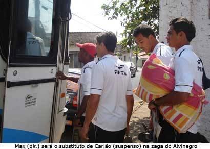 Ganso embarca com mudanças para enfrentar o Coelho