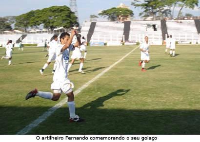 Fernando garante vitória do Gansinho