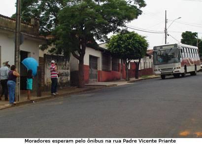 Moradores do Urciano Lemos reclamam do tráfego dos ônibus
