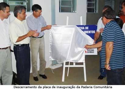Prefeitura inaugura melhorias e Padaria Comunitária em Itaipu