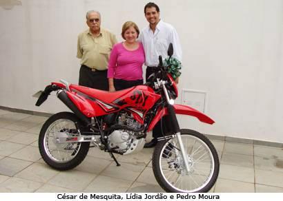 Cerest de Araxá recebe moto da prefeitura