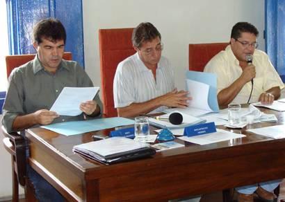 Reunião acontece, mas projetos não são votados