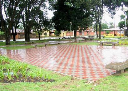 Reurbanização da Praça das Mangueiras é concluída