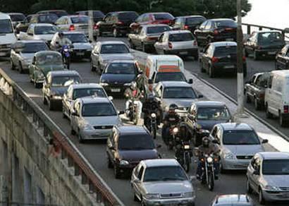 Emplacamento de veículos tem crescimento de 14,15% em 2008
