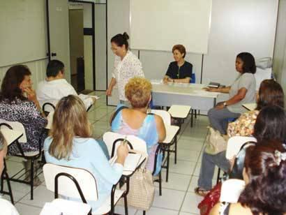 Alda Sandra apresenta projetos para artesãos, doceiros e prestadores de serviços no turismo