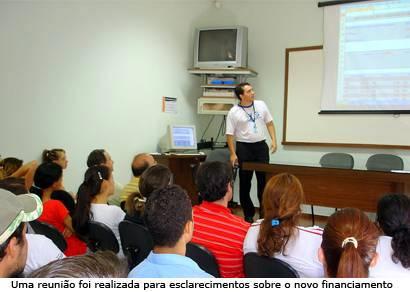 Uniaraxá lança plano de financiamento para alunos carentes
