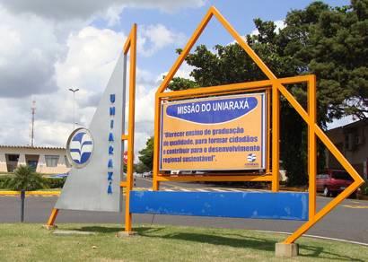 FCA explica critério de distribuição das bolsas do Uniaraxá