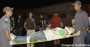 Jovem fica gravemente ferido após ser esfaqueado no terminal rodoviário