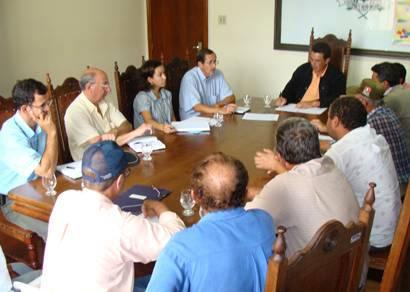 Desenvolvimento Rural discute reativação do Barracão do Produtor