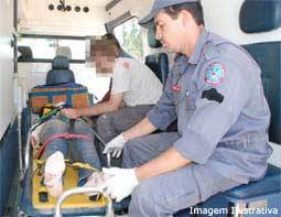 Trabalhador de 60 anos cai em obra de uma altura de cinco metros