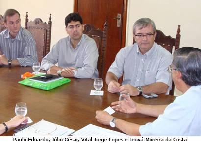 Prefeito e presidente da Fosfertil discutem projetos sociais para Araxá e região