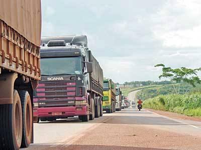 DER restringe circulação de veículos grandes nos feriados