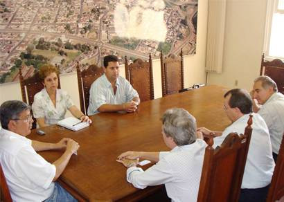 Diretores anunciam inauguração do Laticínios Jussara