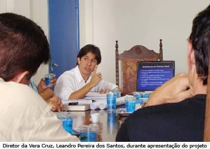 Vera Cruz apresenta projeto de reestruturação do transporte coletivo na Câmara