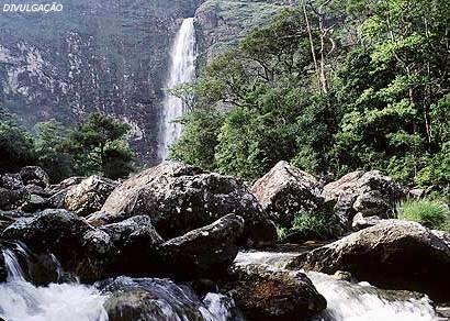 Casca D??? Anta é eleita entre as doze melhores cachoeiras do Brasil