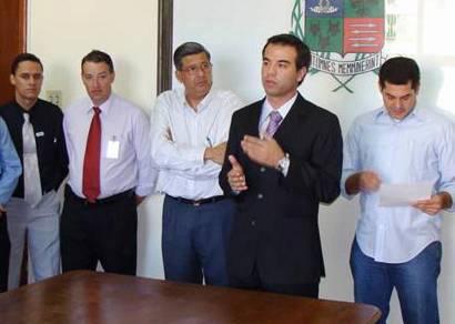 Prefeitura busca aproximação com empresários lojistas
