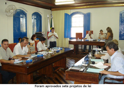 Legislativo aprova 11 cargos de facilitadoras