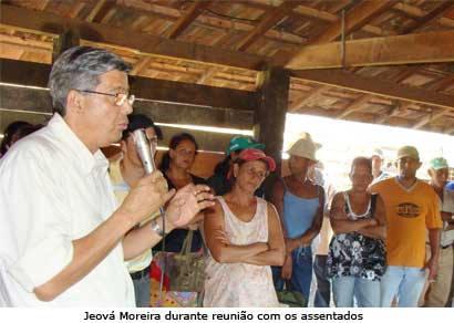 Jeová Moreira apresenta projetos para assentados do Morro Alto