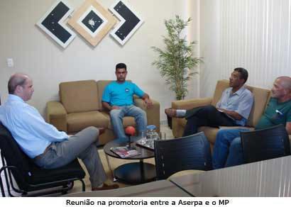 Servidores procuram Ministério Público e ainda sonham evitar demissões