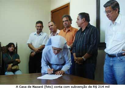 Prefeitura firma convênios que totalizam R$ 950 mil com mais sete entidades