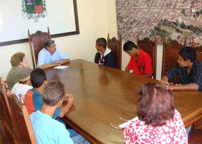Jovens assistidos pelo Conselho Tutelar ganham oportunidade no Projeto Multiuso