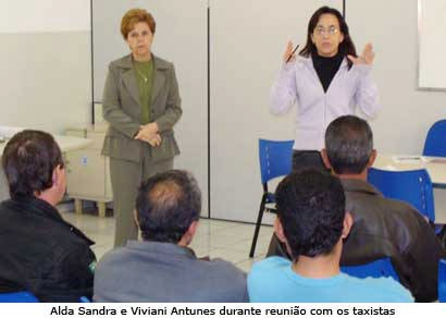 Prefeitura quer resolver problemas no serviço de táxi em Araxá