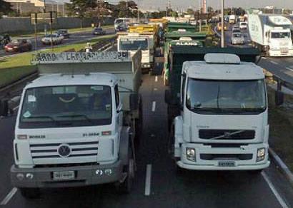 Restrição de caminhões nas MGs começa a valer nesta quarta