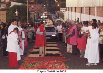 Feriado de Corpus Christi em Araxá estimula o turismo religioso
