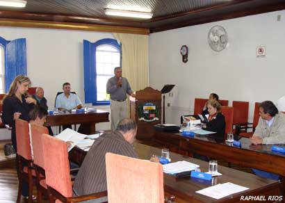 Aprovado projeto que autoriza o município a celebrar operações de crédito em até R$ 3 mi