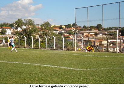 Fábio Tapira faz quatro na goleada do GEF em cima do Trianon