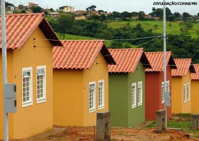 Jeová participa de inauguração de conjunto habitacional em Campos Altos