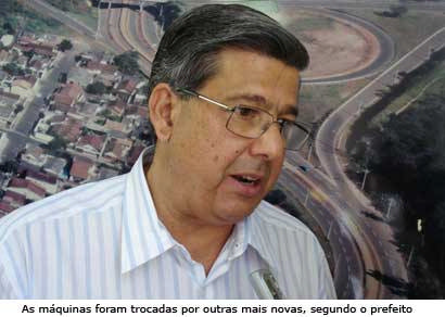 Prefeitura recebe maquinários de mineradora no valor de R$ 1,5 mi