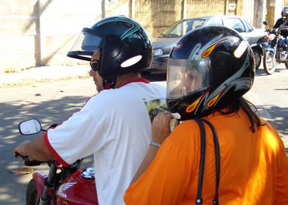 Associação comemora regulamentação da atividade profissional de mototaxista