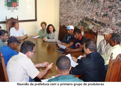 Doze produtores inauguram atividades do Cinturão Verde