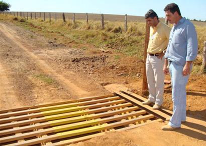 Desenvolvimento Rural recupera mata-burros que dão acesso à Serra da Bocaina