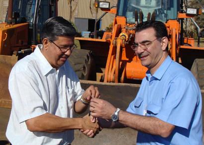 CBMM doa maquinário para a prefeitura
