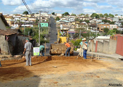 Desenvolvimento Urbano realiza obras na rede de águas pluviais