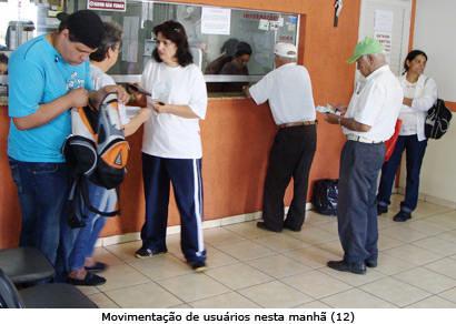 População cobra medicamentos e melhor atendimento na Farmácia Municipal