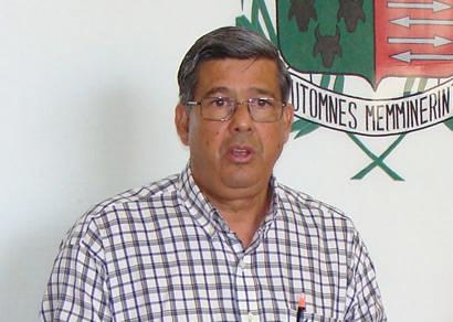 Prefeito muda discurso e pretende demolir o Fausto Alvim em 2010