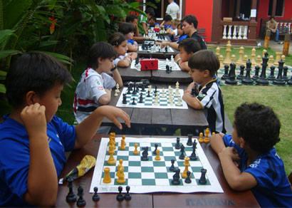 Cruzeirenses de Araxá são bicampeões do 2º Aberto de Xadrez de Clubes de Futebol