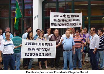 Bancários araxaenses ficam em greve por tempo indeterminado