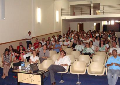 Seminário discute implantação do Centro de Atenção Psicossocial em Araxá
