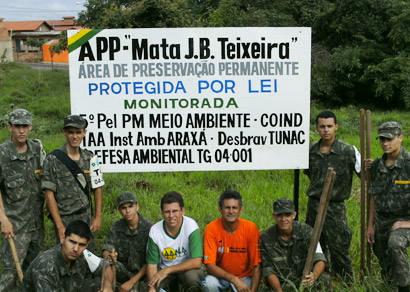 Defesa Ambiental do TG sinaliza área de preservação permanente