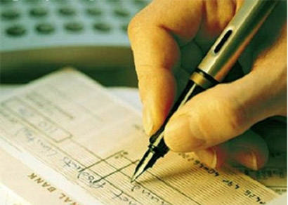 Emissão de cheques sem fundos foi recorde em 2009, revela Serasa