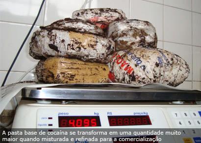 PRF apreende 14 kg de pasta base de cocaína