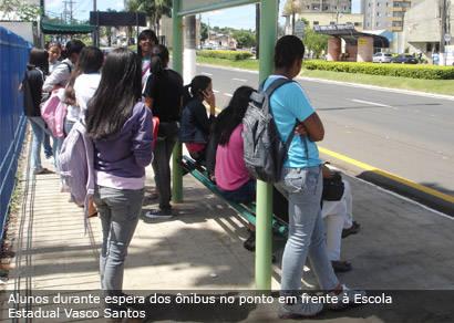 Estudantes criticam novo sistema de transporte público