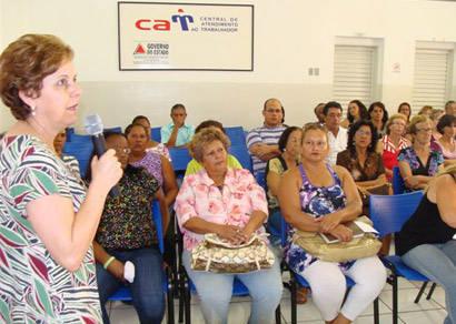 Estrutura para artesãos e comerciantes no Barreiro é debatida pela prefeitura
