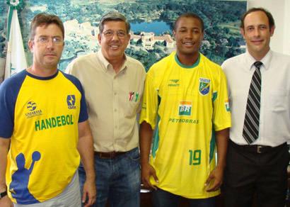 Atleta araxaense se destaca na Seleção Brasileira de Handebol