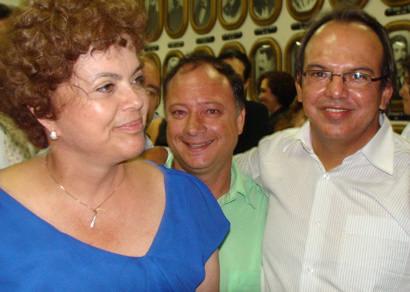 Miguel Jr. representa Araxá na recepção à Dilma Rousseff em Uberaba