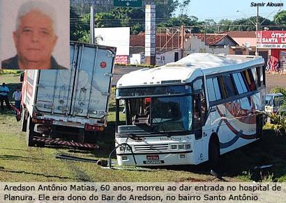 Motorista dorme e bate em ônibus que levava pacientes de Araxá a Barretos